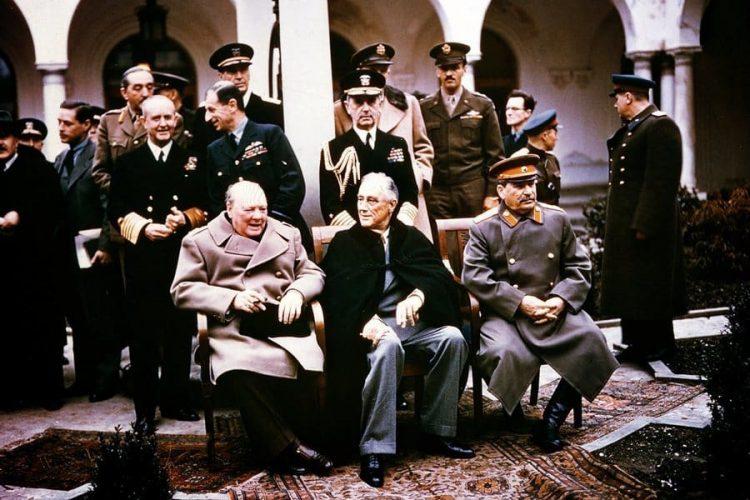 Черчилль, Рузвельт и Сталин в Ялте. Февраль 1945 г.