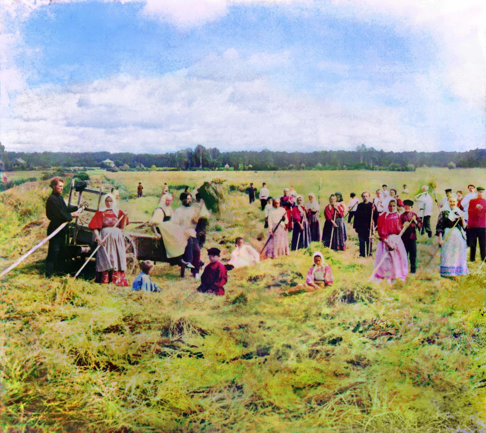 С. М. Прокудин-Горский. На сенокосе. 1909 г.