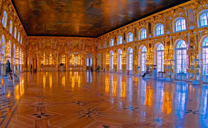 Екатерининский дворец в Пушкин