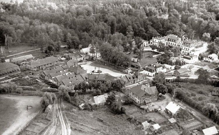 Усадьба Строгановых в Волышово в 80-х годах ХХ века