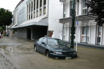 Здания, занесенные грунтом