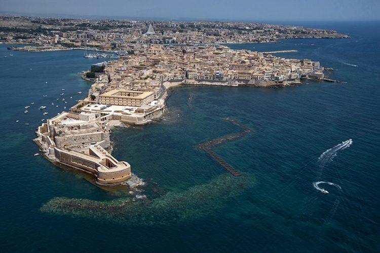 порт Сиракузы